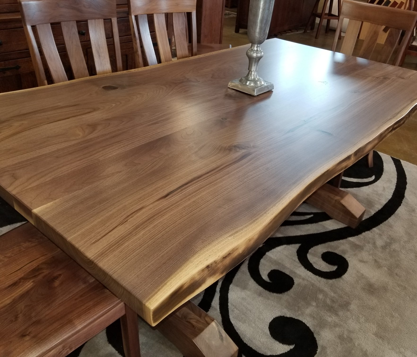 Dining Table Trends 2019 Redecorate With Amish Furniture