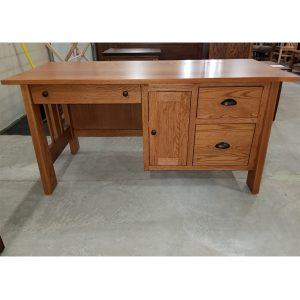 CLOSEOUT – Computer Desk